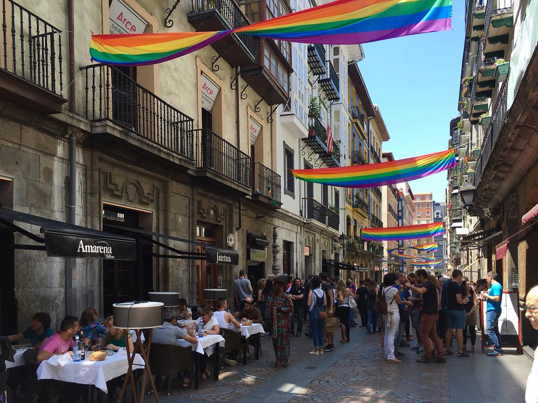 賑わい空間!Bilbao, Spain