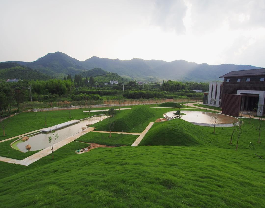 リゾートホテルの庭園デザイン