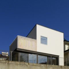 house-yama:山を望む家