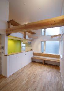 狭小住宅の断面計画
