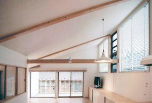 横浜の狭小ローコスト住宅事例